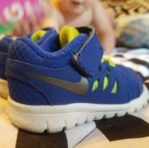 Nike's 3c